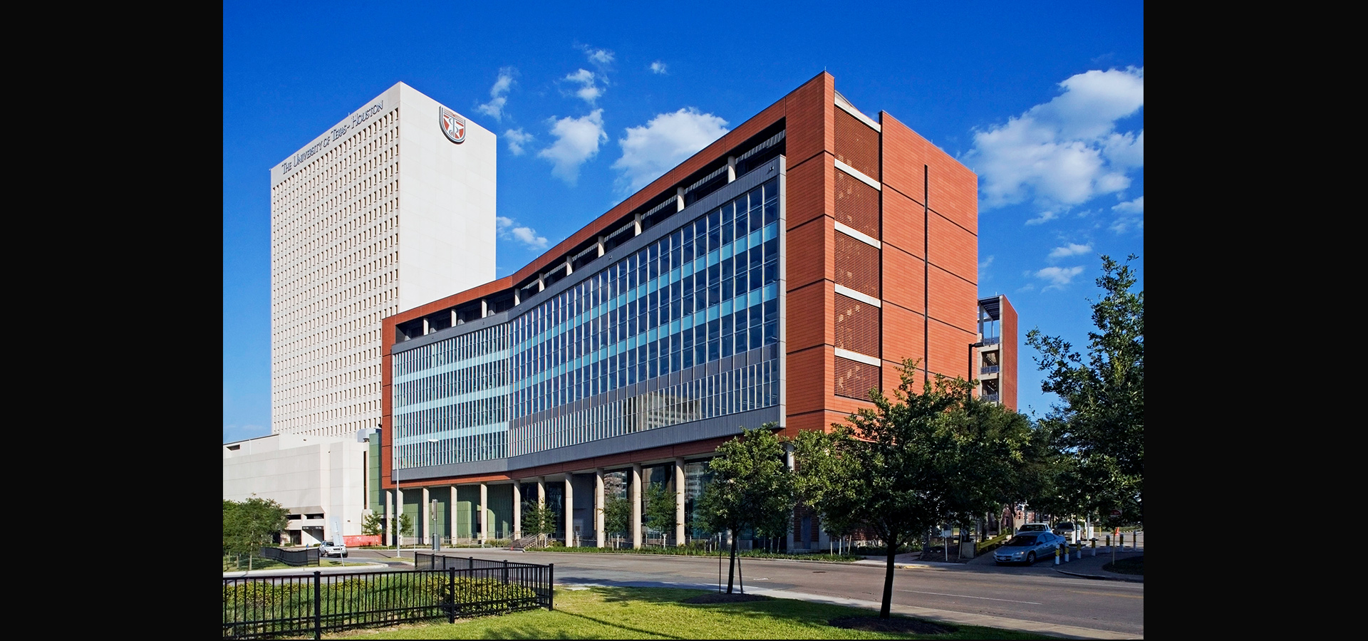 UNIVERSITY OF TEXAS HEALTH SCIENCE CENTER*